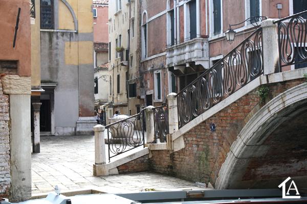 Venezia: una casa tra campi, calli, rii e canali